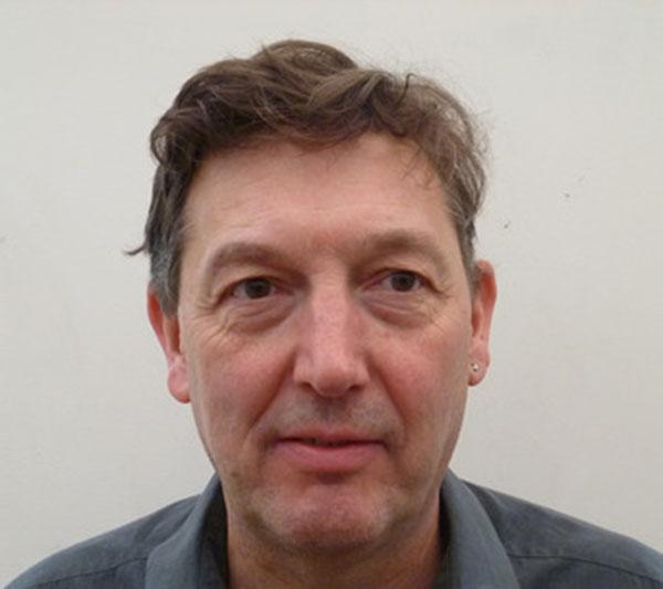 Dr Tim Bateman